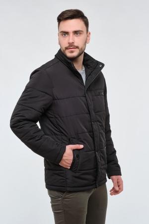 Чоловіча чорна куртка.