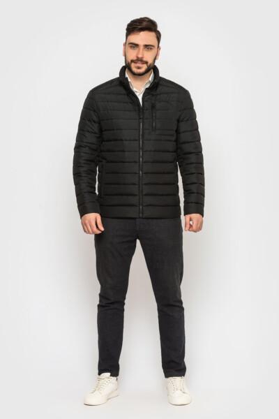 Демісезонна чоловіча куртка на кожен день, матова без блиску.