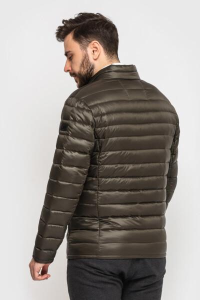 Стьобана куртка на кожен день, колір табак, помірно лакова із нейлону.